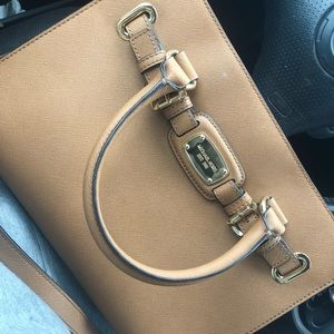 Michael Kors Handbag! FREE SHIPPING INCLUDED